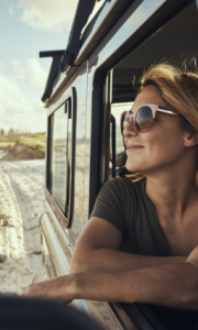 5 GREAT HOSPITALITY JOBS FOR PEOPLE WHO LOVE TO TRAVEL IMAGE 1